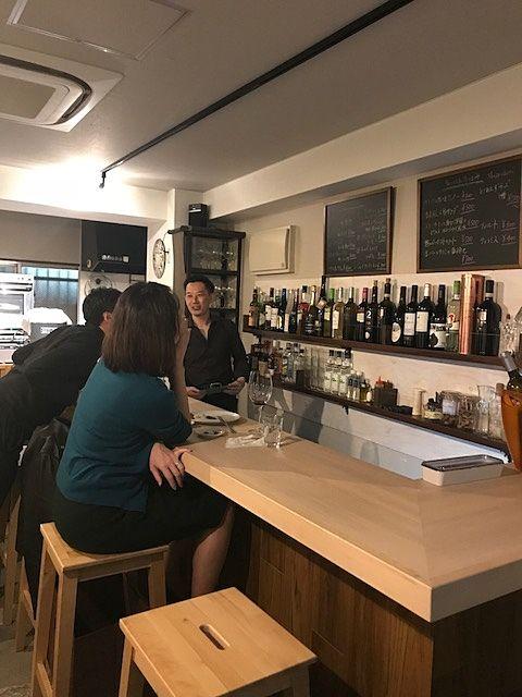 八幡山駅 カフェ&ワインバー「ジェンティーレ」の店内の写真です