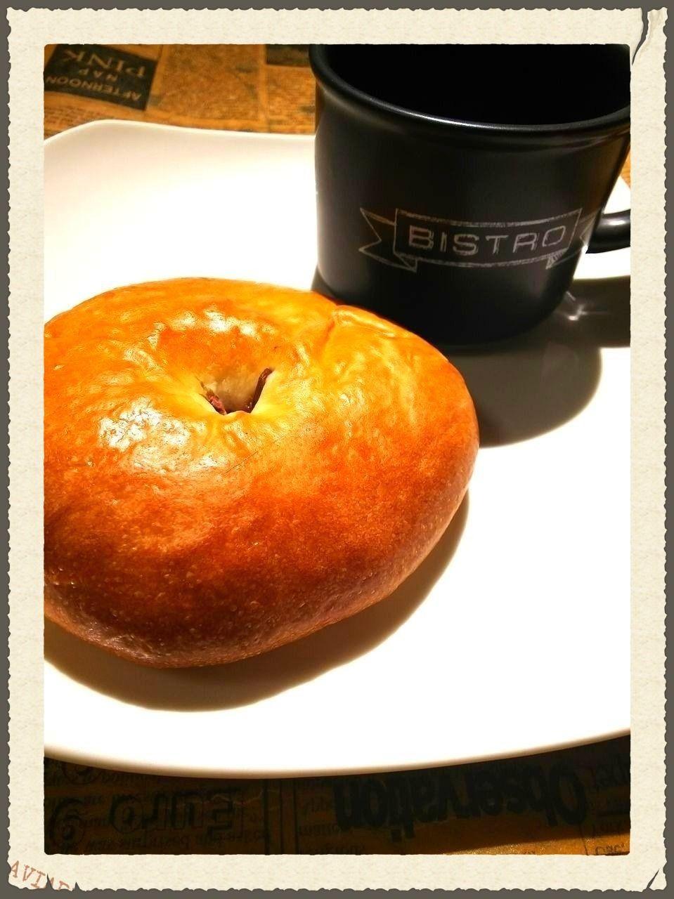 八幡山駅徒歩3分の天然酵母のパンがイチオシのカフェ パネトーネのあんぱんです。
